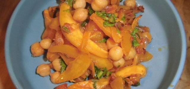 『ポチマロン、ひよこ豆&レンズ豆のトマトソース和え』