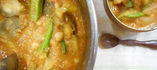 『夏野菜とひよこ豆のトマトシチュー』