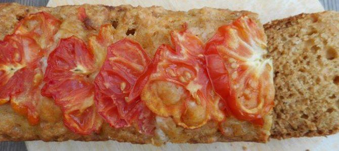 『トマトの甘酒ケークサレ』